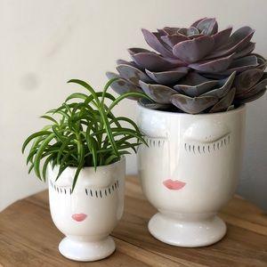 Adorable Celfie Pot/Vase